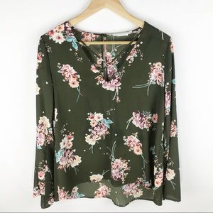 Lush floral Long Sleeve Top size S